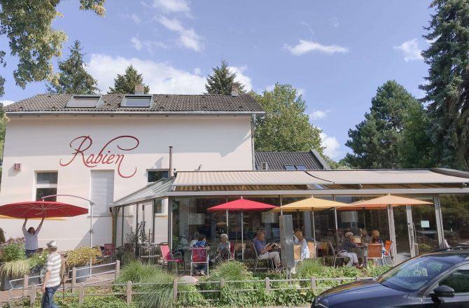 本場のバウムクーヘンが食べたい!ベルリン郊外の老舗『Rabien』に行ってみました